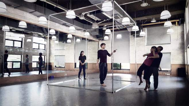 Dancers rehearsing in Rosalind.Image credit: James Cousins Company and David Foulkes